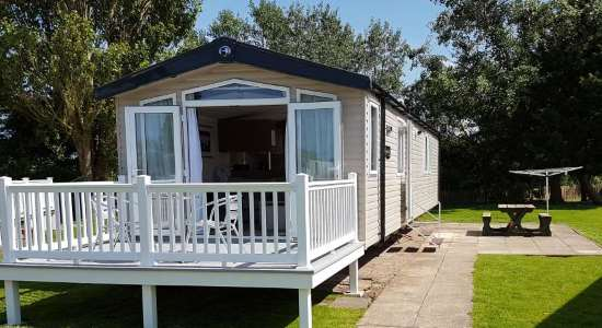 Plot 43 Lakeside - Luxury 8 berth with en-suite